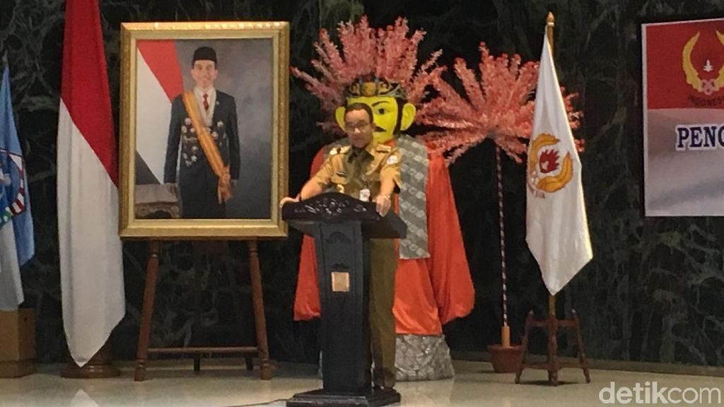 Hadiri Pelantikan KONI DKI, Anies Sebut-sebut PON Papua