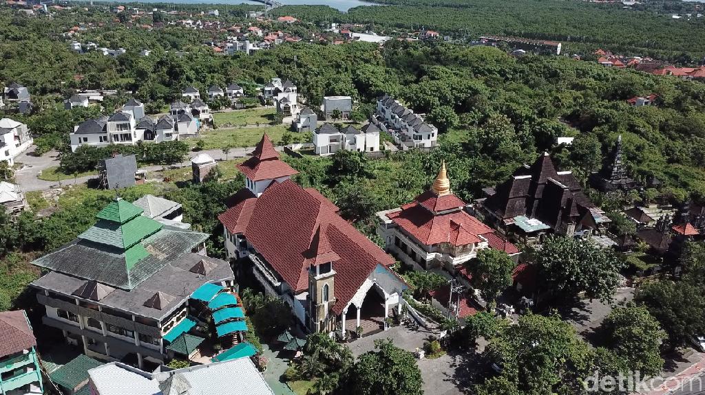 Foto Drone: Pusat Peribadatan 5 Agama di Bali
