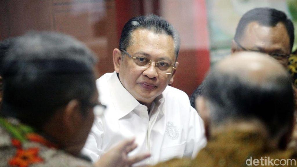 Gaji PNS Dipotong untuk Iuran Pensiun, Bamsoet: Jangan Potong Lagi
