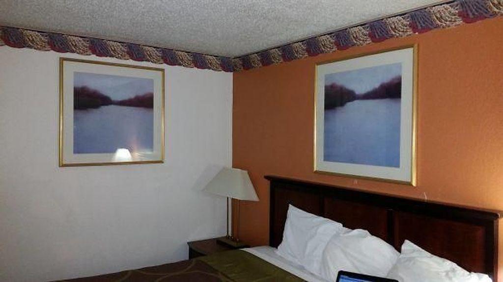 Ruangan Hotel yang bikin Geregetan Sekaligus Ngakak