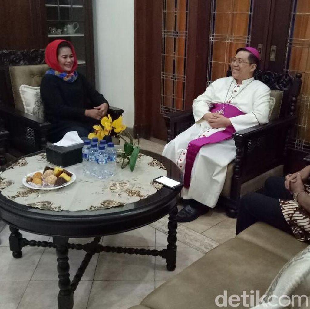 Kunjungi Uskup Malang, Puti Soekarno Tegaskan Komitmen Kebangsaan
