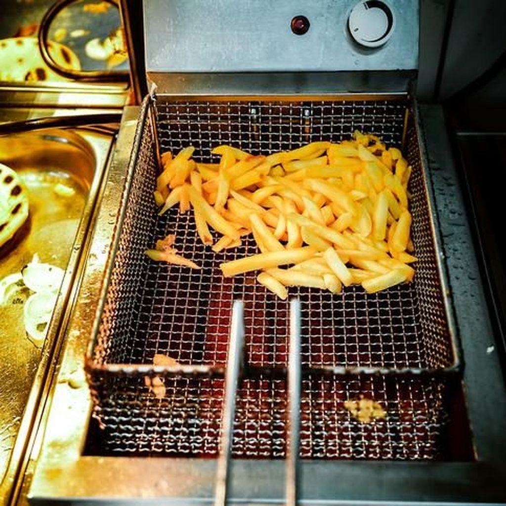 Ini Teknik Deep Frying yang Bikin Garing Renyah Sekaligus Gurih