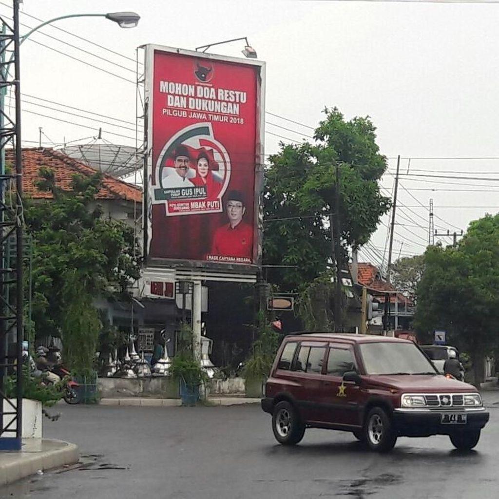 Di Banyuwangi Masih Ditemukan Baliho Liar Cagub-Cawagub Jatim