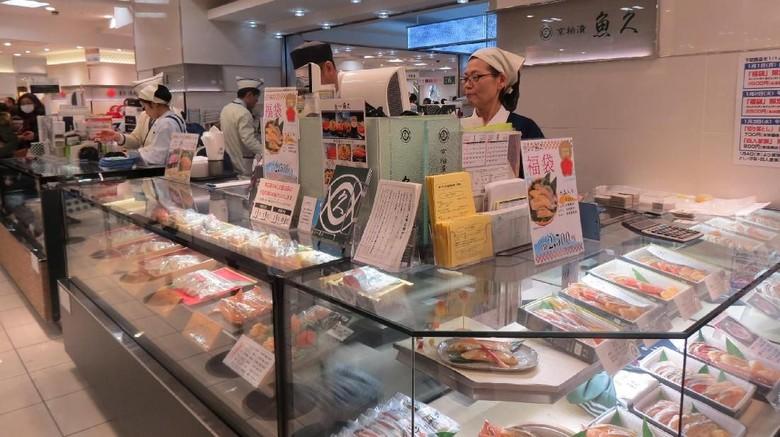 Suasana Depachika, tempat jualan makanan murah di Jepang (Fitraya/detikTravel)