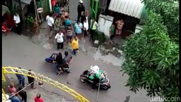 Beredar Video Tersangka Narkoba Lari Setelah Ditangkap Polisi Solo
