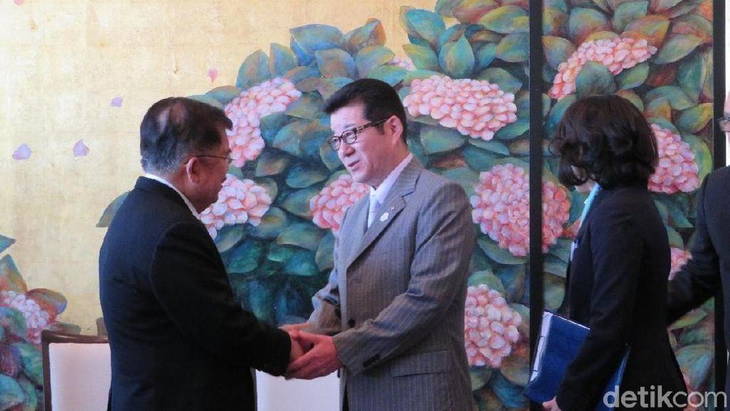 Wapres JK Temui Gubernur Osaka di Sela Kunjungan ke Jepang