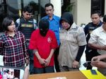 Datang ke Surabaya, Pria Bandung Ini Diamankan Karena Jual Istri