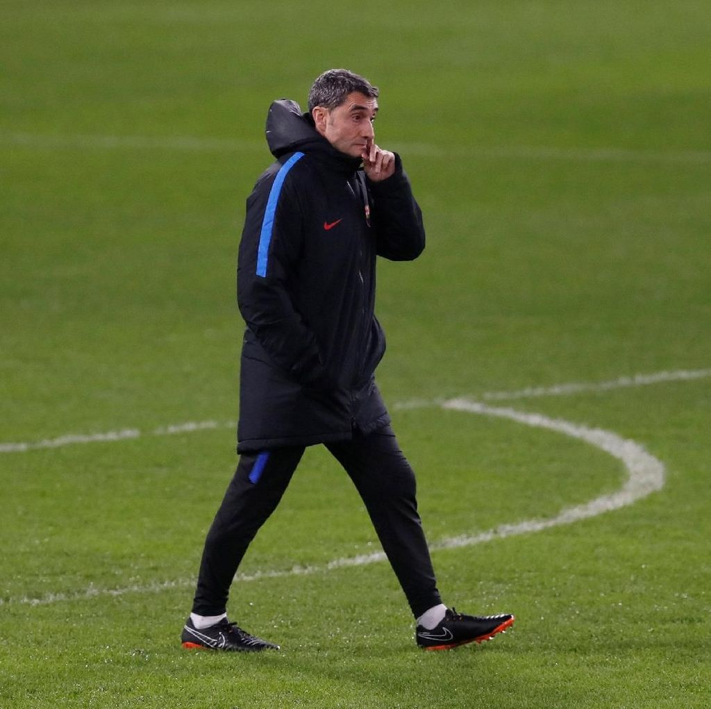 Spekulasi Masa Depan Valverde Cuma Ada di Surat Kabar