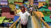Puti Jatuh Hati dengan Kreativitas Kampung Arek Malang