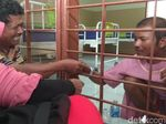 Diajak Pulang Orangtuanya, Ini Jawaban Penyerang Kiai di Lamongan