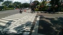 Zebra Cross di Surabaya Makin Cantik dengan Tambahan Frame, Untuk Apa?
