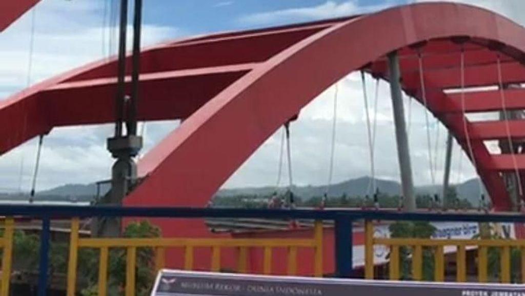 Diminta Dihentikan, Proyek Jembatan Holtekamp Papua Jalan Terus