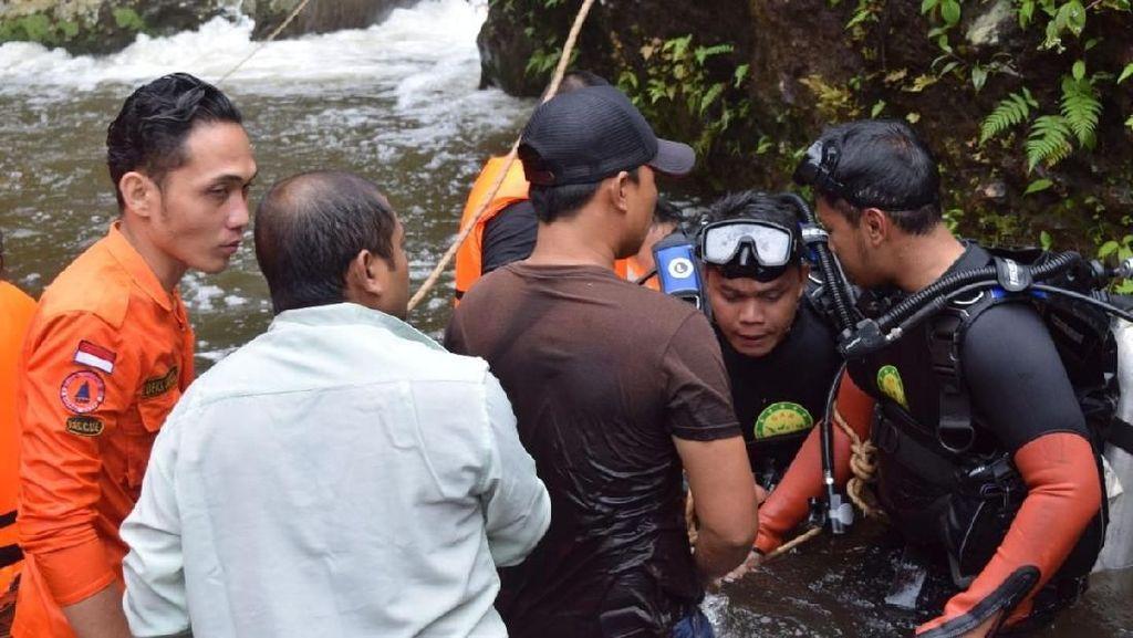 Siswa SMP yang Hilang di Air Terjun Saat Bikin Film Belum Ditemukan