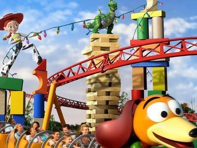 Asyik! Sebentar Lagi Bakal Ada Dunia Nyata Toy Story