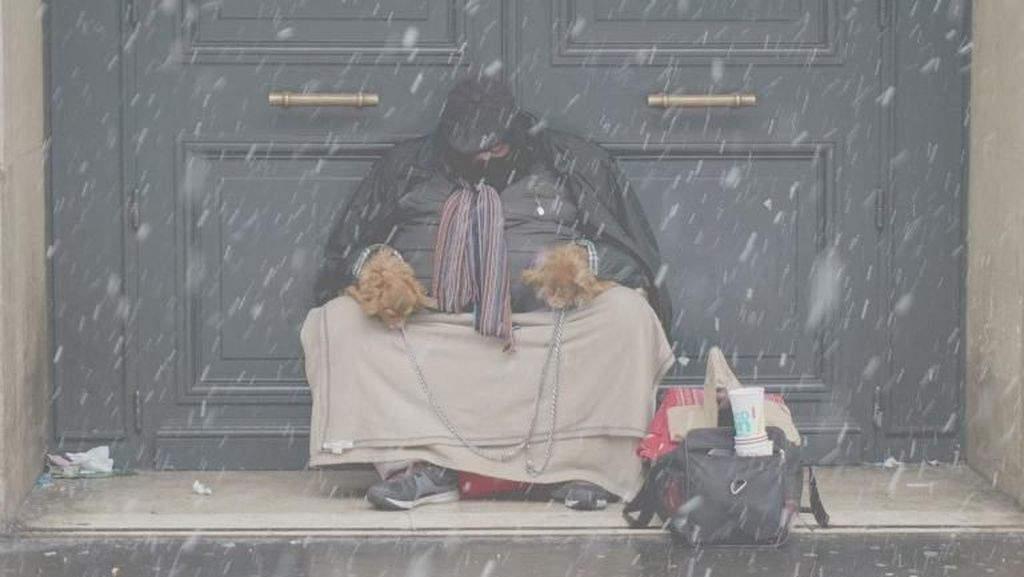 Potret Miris 3 Ribu Gelandangan Tinggal di Paris
