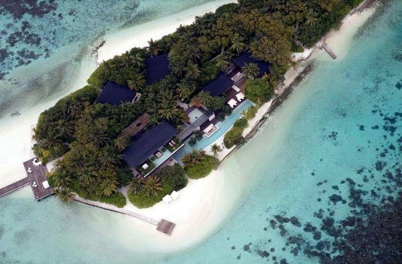 Coco Private Island adalah sebuah pulau pribadi seluas 1,4 hektar di Maldives. Di atasnya berdiri resort mewah dengan harga sewa yang tidak murah (dok. Coco Collection)