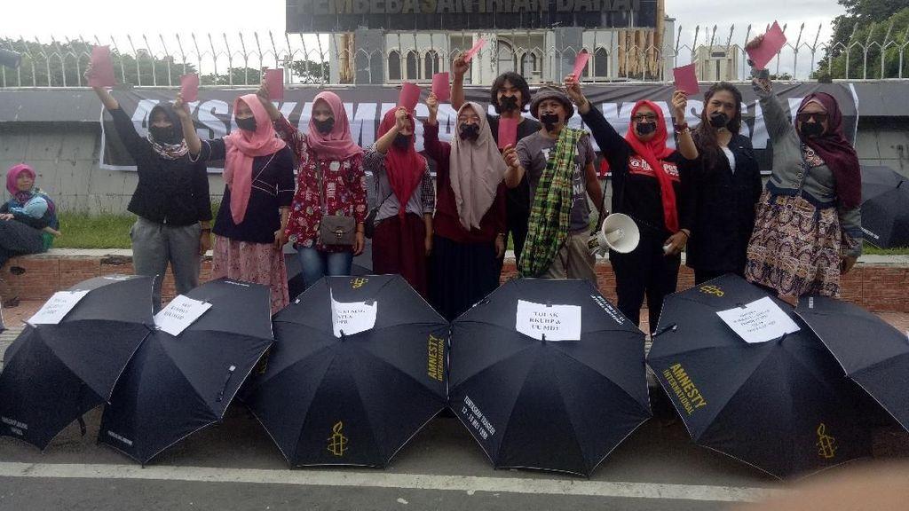 Aksi Kartu Merah untuk Pemerintah dan DPR Tolak UU MD3