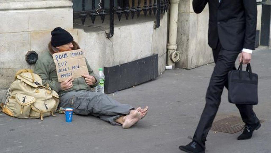 Miris! Ada 3.000 Orang Paris Hidup di Jalanan