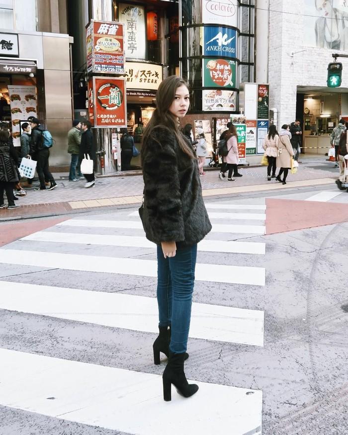 Yuki Kato, aktris yang mengambil peran sebagai Rachel dalam film Heart Series ini punya darah campuran Indonesia-Jepang. Ayah Yuki, Takeshi Kato, adalah orang Jepang asli. Foto: Instagram/yukikt