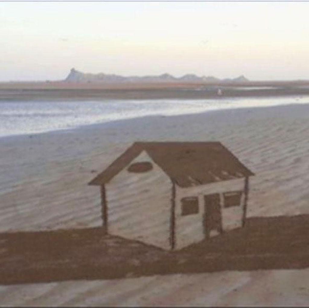 Deretan Gambar 3 Dimensi Memukau di Atas Pasir Pantai