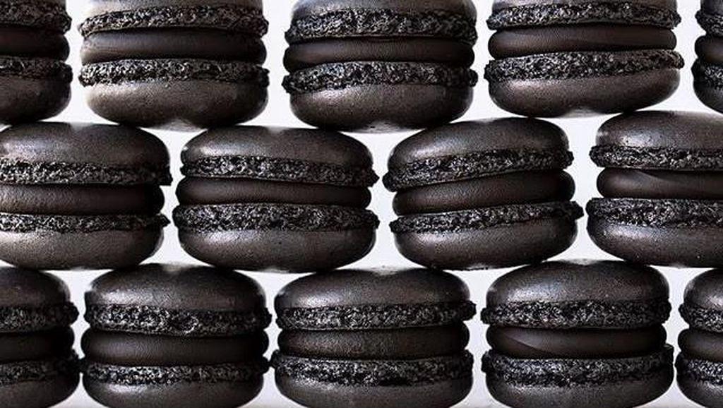10 Makanan Hitam Eksotik yang Lezat Juga Kaya Nutrisi