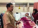 Prabowo Jenguk Ibunda Elang Korban Tragedi Trisakti