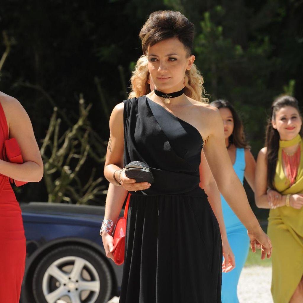 Keseruan Alin Sumarwata Syuting Strike Back Season 5