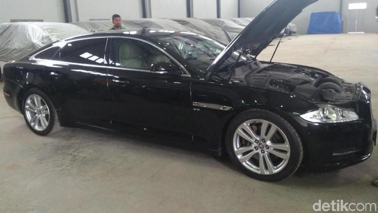 Melihat Mulusnya Jaguar Sanusi yang Dilelang Rp 448 Jutaan