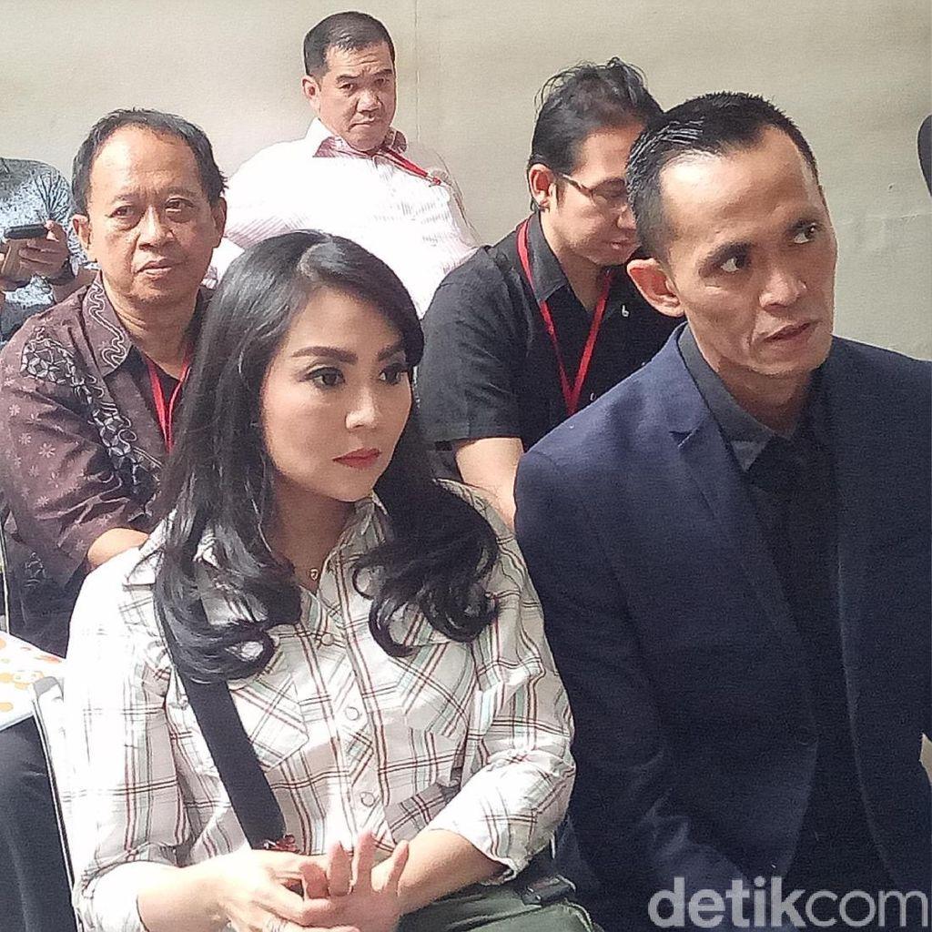 Sidang Hak Asuh Anak Tessa Kaunang-Sandy, Deklarasi Artis Berantas Narkoba