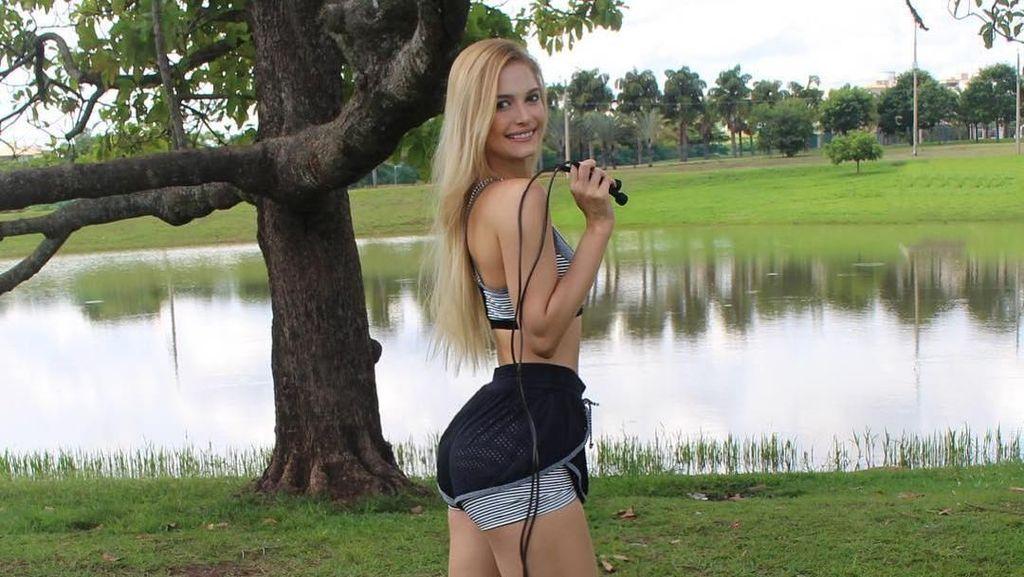 Model Cantik yang Pernah Lumpuh karena Sit Up Kini Makin Aktif Nge-Gym