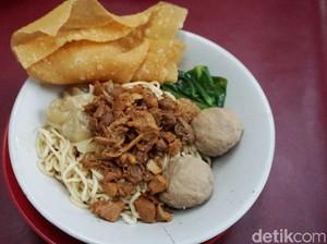 Mie Bloon : Makan Mie Ayam dan Yamien Murah Enak, Nggak Jadi Bloon!