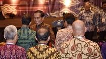 Salaman Jokowi-Anies Saat Rakernas APPSI di Bandung