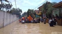 Banjir Capai 2 Meter di Cirebon, 20 Ribu Rumah Warga Terendam