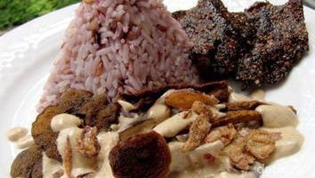 Lezat Nikmat Jamur Pelawan dari Bangka yang Dijuluki Daging Wagyu Vegetarian