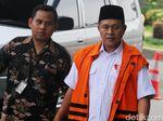Bupati Lampung Tengah Kampanye saat Diperiksa KPK