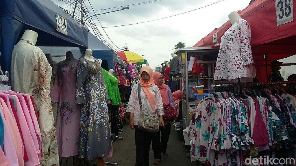 Ini yang Bikin Lapak PKL di Tengah Jalan Tanah Abang Sepi