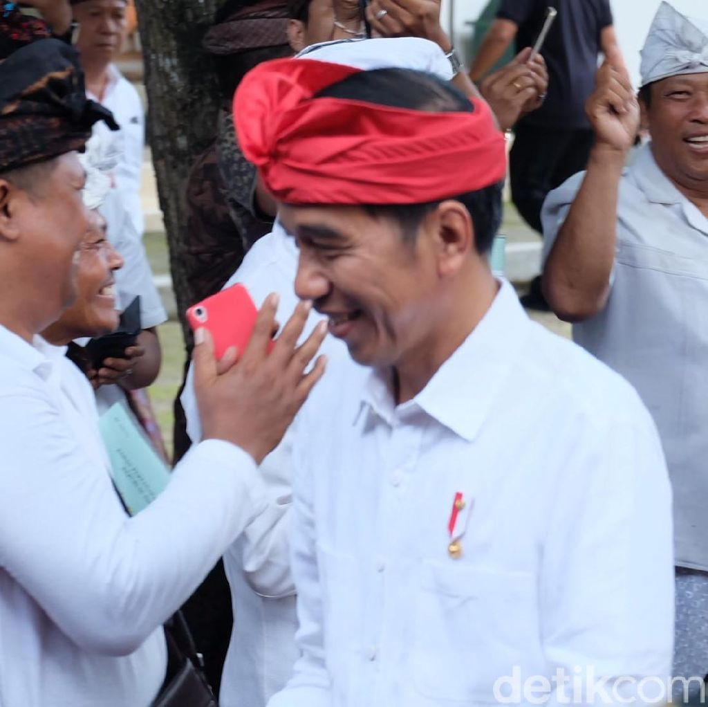 Saat Jokowi Curhat Punya Badan Kurus Gara-gara Kejar Target
