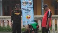 Begini Cara Petugas di Situbondo Imbau Warga Tidak BAB Sembarangan