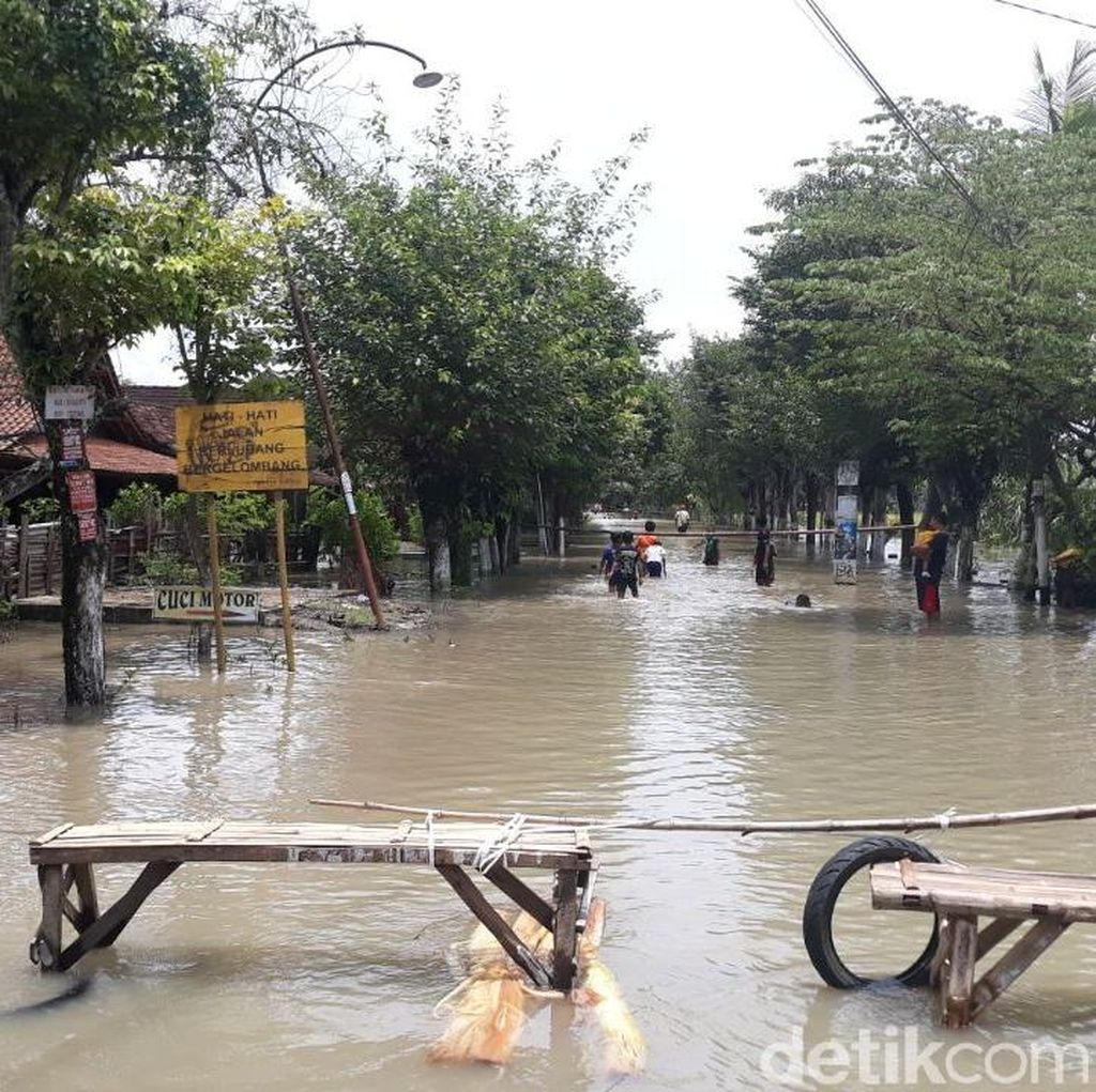 Hujan 2 Hari, Puluhan Rumah Tiga Desa di Madiun Terendam Banjir