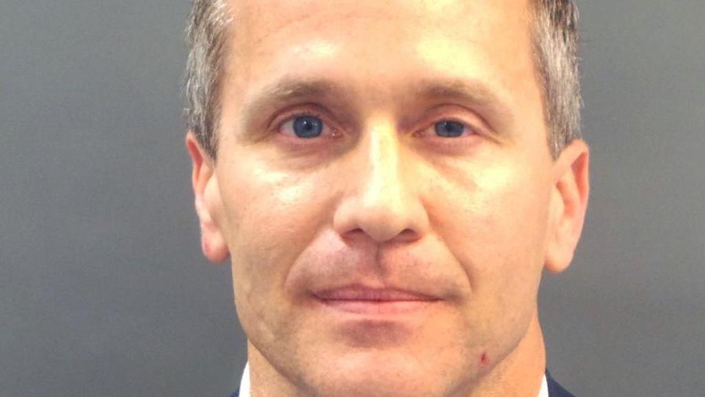Ambil Foto Bugil Selingkuhannya Tanpa Izin, Gubernur Missouri Diadili