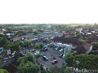 Foto Drone: Geliat Pasar Sukawati dari Udara