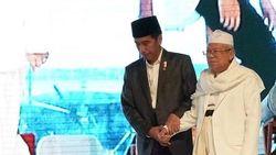 Didampingi KH Maruf, Jokowi Resmikan Bank Wakaf Mikro di Serang