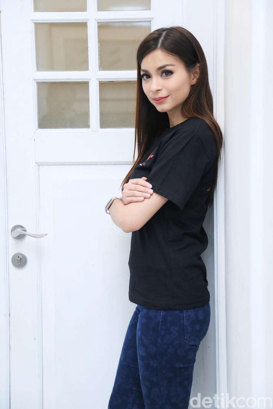 Sandra Olga, Cantik-cantik kok Dibully?