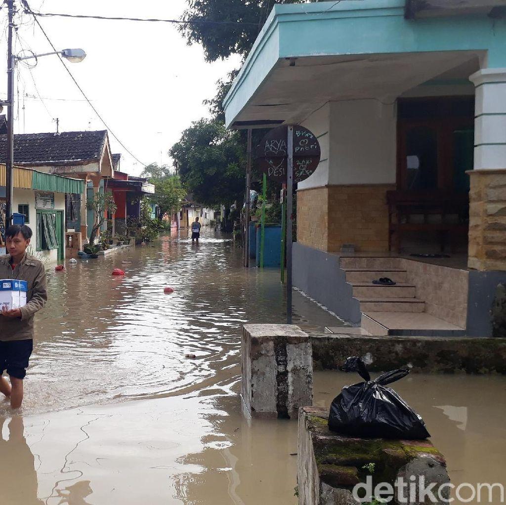 Luapan Air Bengawan Solo Rendam 2.222 Rumah Warga Bojonegoro