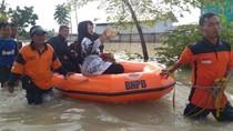 Aksi Emak-emak di Brebes yang Tetap Selfie Saat Dievakuasi