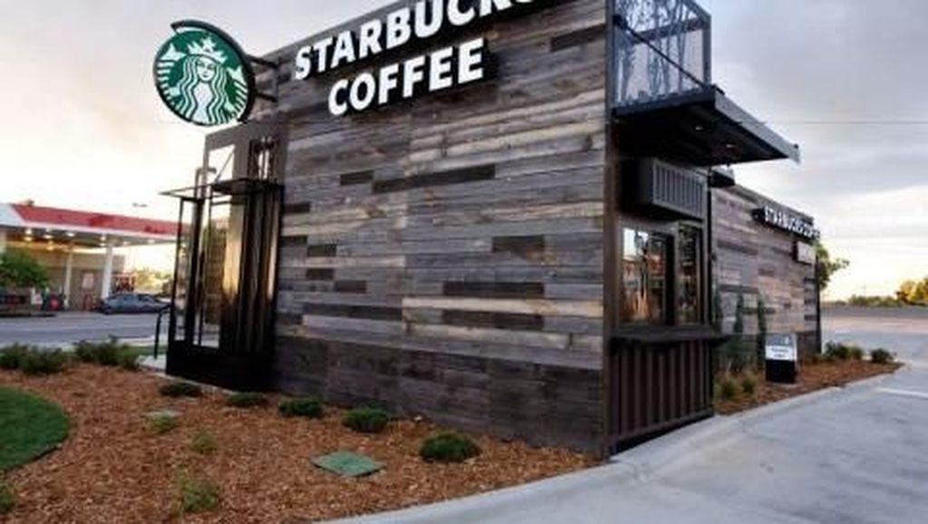 Kontainer Bekas Ini Jadi Gerai Starbucks Paling Mungil