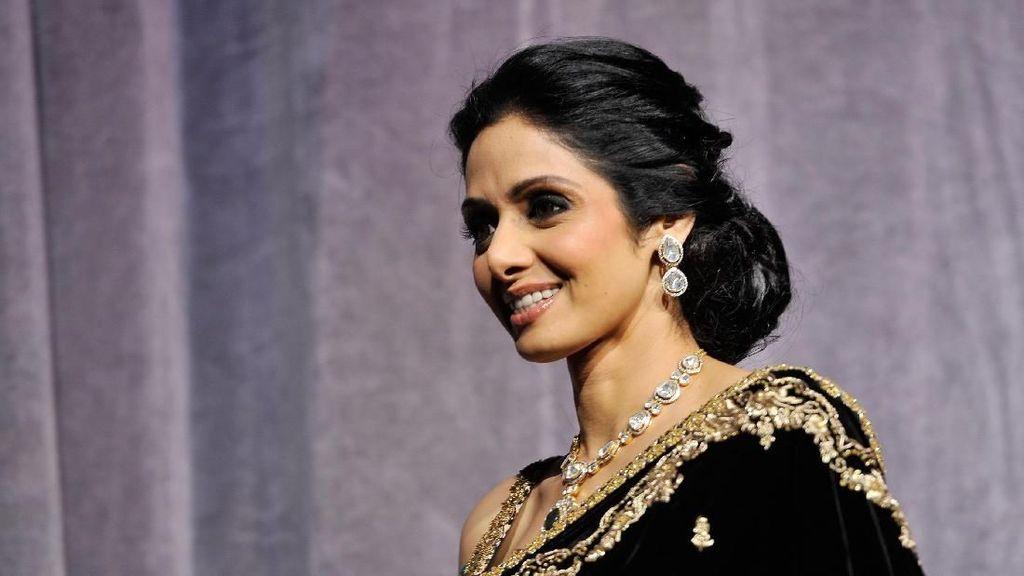 Sridevi Meninggal Dunia, Segenap Bollywood Berduka