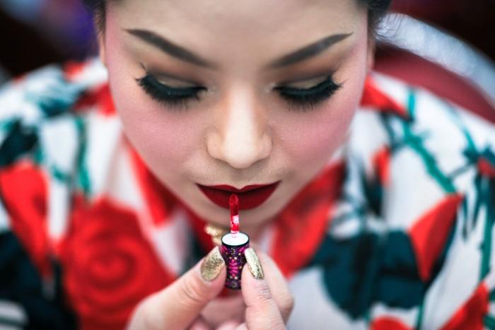 Sebuah kontes tahunan bertajuk Miss Jumbo yang diggelar di Nakhon Ratchasima, Thailand, adalah kontes unik yang mempertandingkan pesona para pemilik tubuh gemuk. Tidak hanya perempuan, kaum transgender juga ikut serta. Foto: Reuters