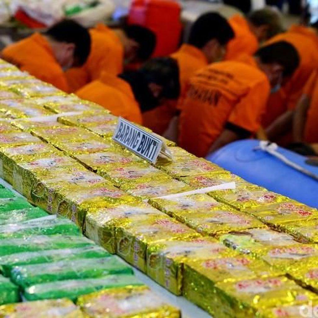 Foto: Terungkapnya Sabu Berton-ton yang Masuk ke Indonesia