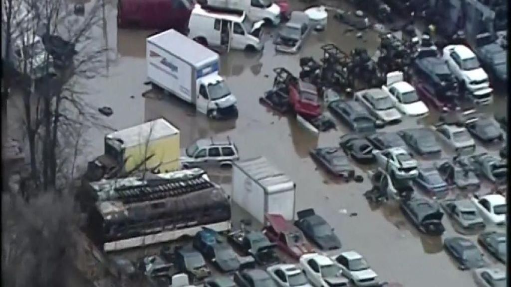 Diterpa Hujan Deras, Amerika Dilanda Banjir
